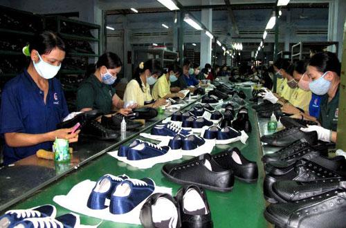 Mở shop giày dép cần chuẩn bị những gì?