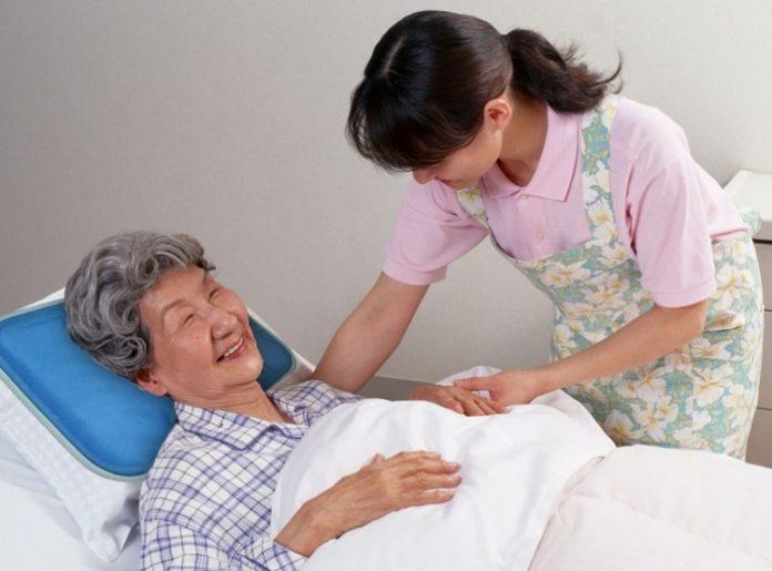 Top 6 dịch vụ chăm sóc người bệnh uy tín nhất tại TPHCM - Toplist.vn