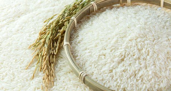 Thị trường gạo: Giá lộn xộn, hàng nhái tung hoành