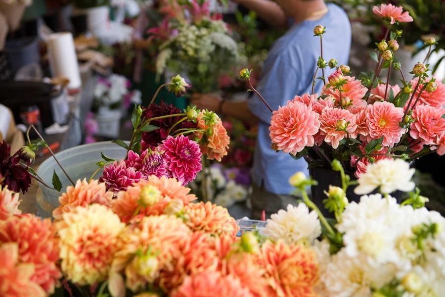 Mở shop hoa tươi cần những gì? Đó là thăm dò thị trường
