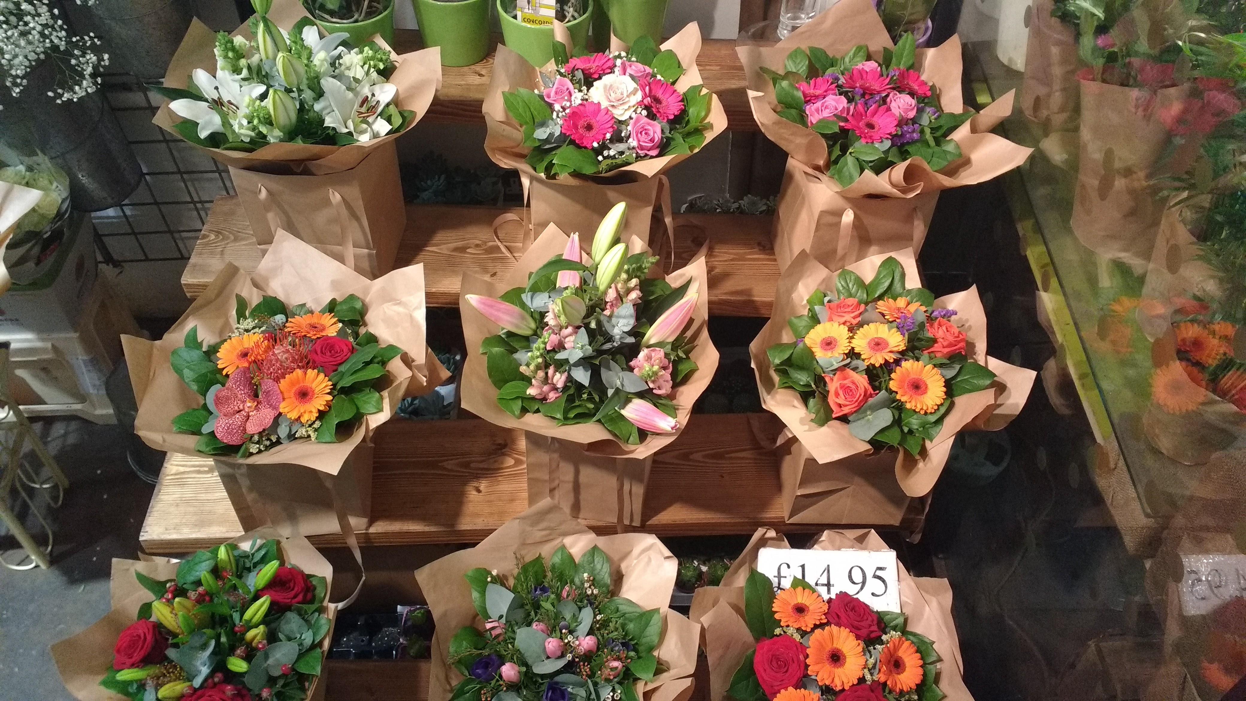 Xác định nguồn vốn – kinh nghiệm mở cửa hàng hoa tươi