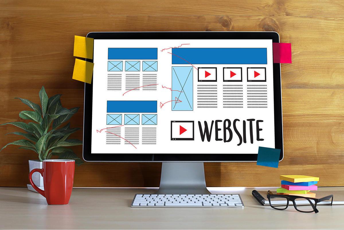 Website là phương thức Marketing Online không thể thiếu nếu doanh nghiệp muốn phát triển lâu dài.
