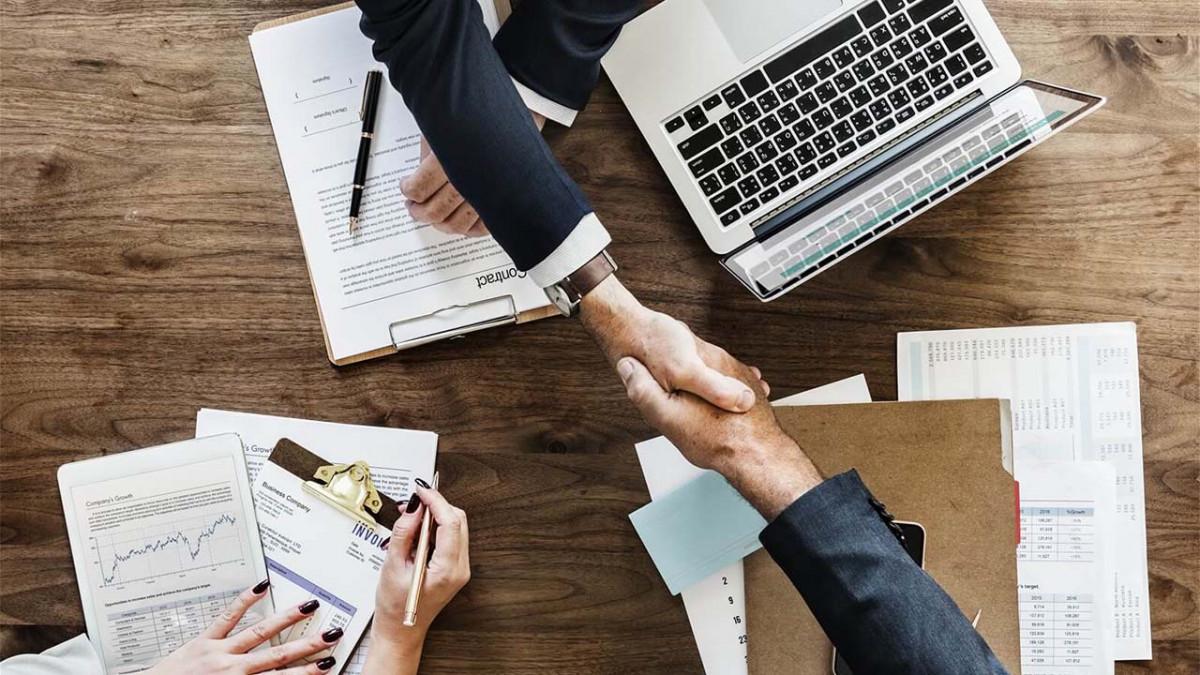 Full business format franchise là gì? Nhượng quyền mô hình kinh doanh toàn diện là gì? Các loại nhượng quyền thương hiệu là gì? (Nguồn: Ocha)
