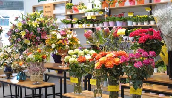 Cách làm giàunhanh nhất- Mởcửa hàngbán hoa