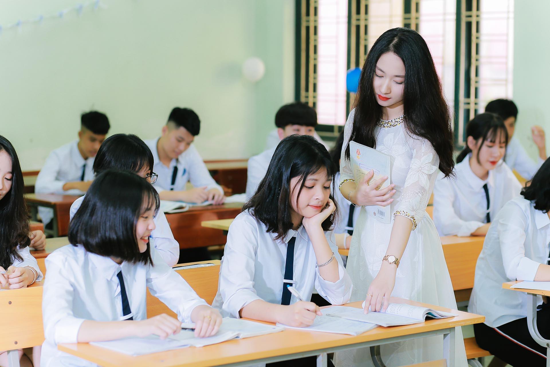 Bộ Giáo dục hướng dẫn giải quyết tình trạng thừa giáo viên phổ thông